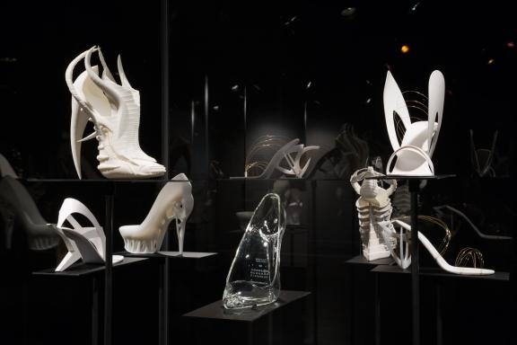 Shoe Obsession - Experimental Shoes by Janina Alleyne, Maison Martin Margiela, Tea Petrovic and Marieka Ratsma