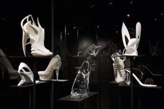 Shoe Obsession - Experimental Shoes by Janina Alleyne, Maison Martin Margiela, Tea Petrovic and Marieka Ratsma