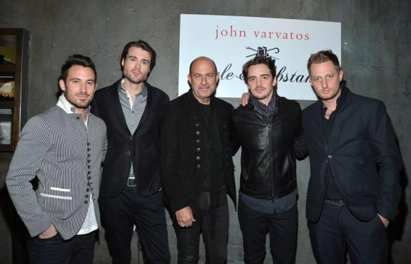 (L-R) Michael Chernow, Pete Cashmore, John Varvatos, Vincent Piazza, and Michael Voltaggio  (Photo by Mike Coppola/Getty Images for John Varvatos)