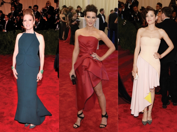 (L) to (R) Julianne Moore in Balenciaga, Kate Beckinsale in Alberta Ferretti, Marion Cotillard in Dior