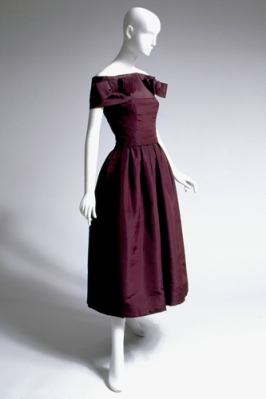Christian Dior, cocktail ensemble in aubergine silk faille, 1953-1954, France