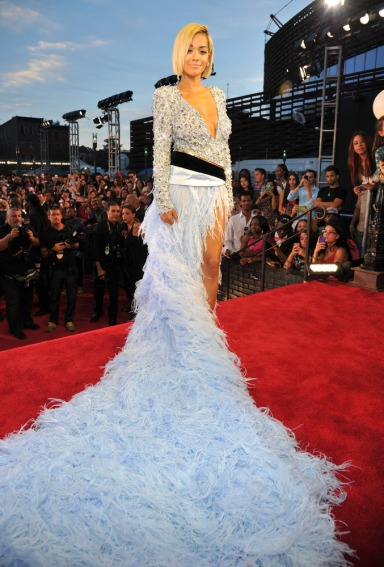 Hit: Rita Ora in Alexandre Vauthier Couture