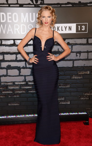 Hit: Taylor Swift in Herve Leger