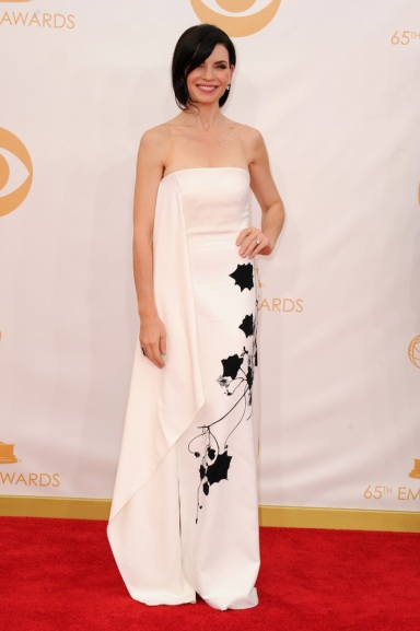 4Julianna Margulies in Reed Krakoff