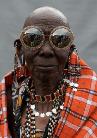 Karen Walker Visible - Rason (Maasai Beader) in Orbit Filigree in Gold Glitter