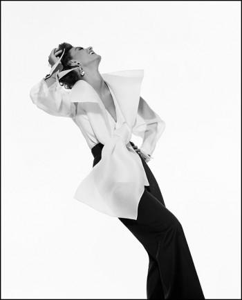 Gianfranco Ferre advert, Fall/Winter 1991. Model: Aly Dunne, Photographer: Gian Paolo Barbieri. ©GIANPAOLOBARBIERI