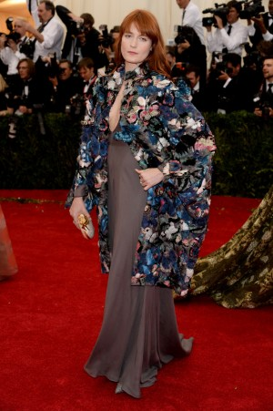 Florenc Welch in Valentino Couture