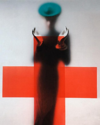 Cross © Erwin Blumenfeld, VOGUE Archive Collection, www.lumas.com