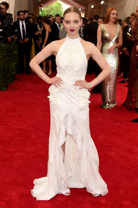 Amana Seyfried in Givenchy Haute Couture