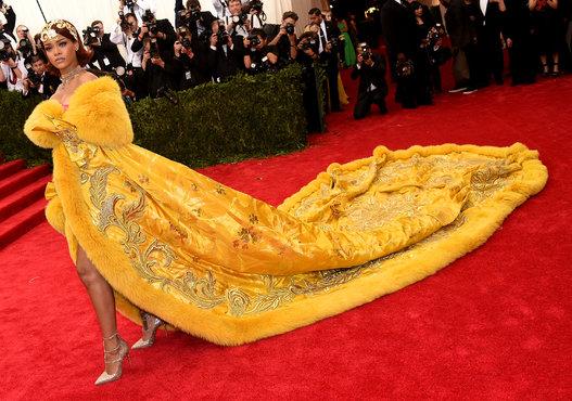 Rihanna in Guo Pei Haute Couture
