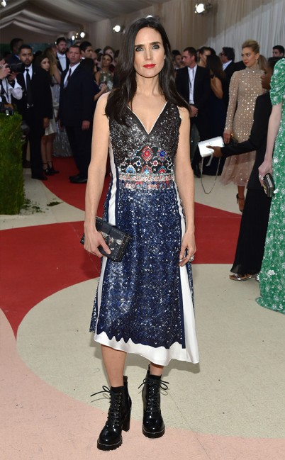 Jennifer Connelly in Louis Vuitton