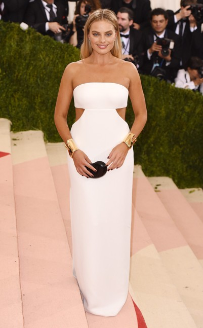 Margot Robbie in Calvin Collection