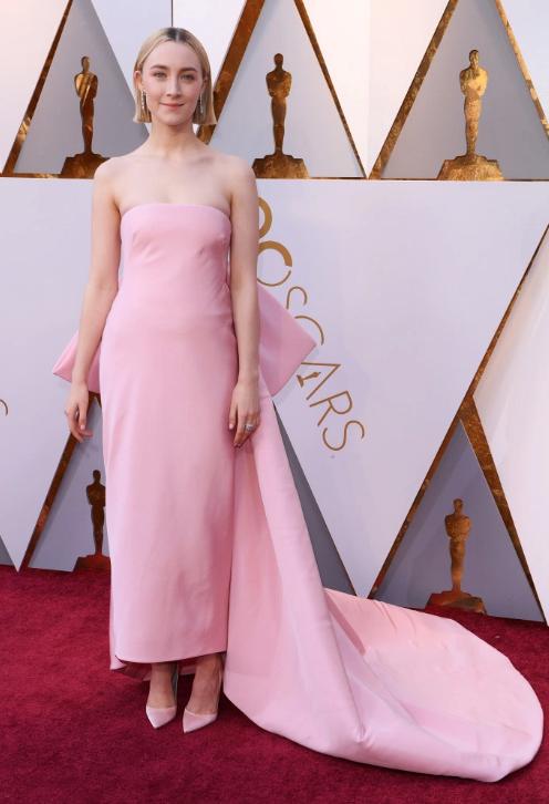 Saoirse Ronan in Calvin Klein