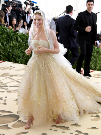Kate Bosworth in Oscar de la Renta