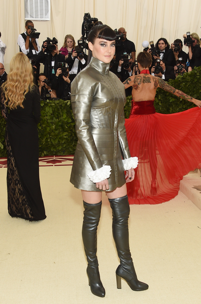 Shailene Woodley in Ralph Lauren